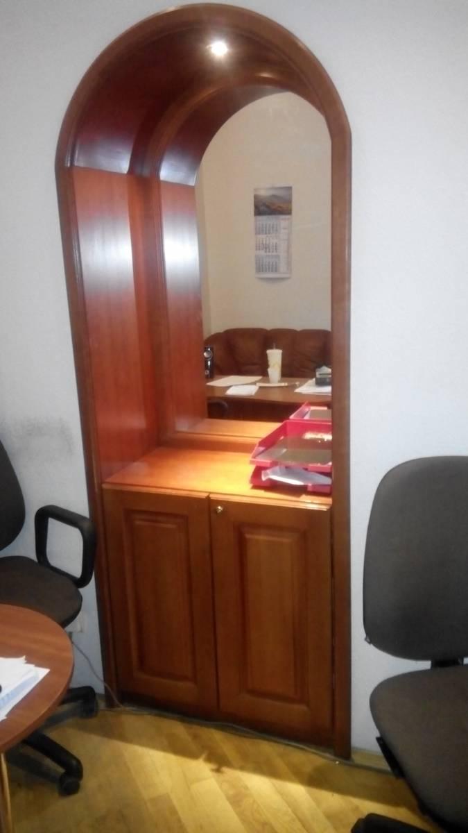 Продам офис 52 кв.м. на ул. Шота Руставели 24а метро Льва Толстого