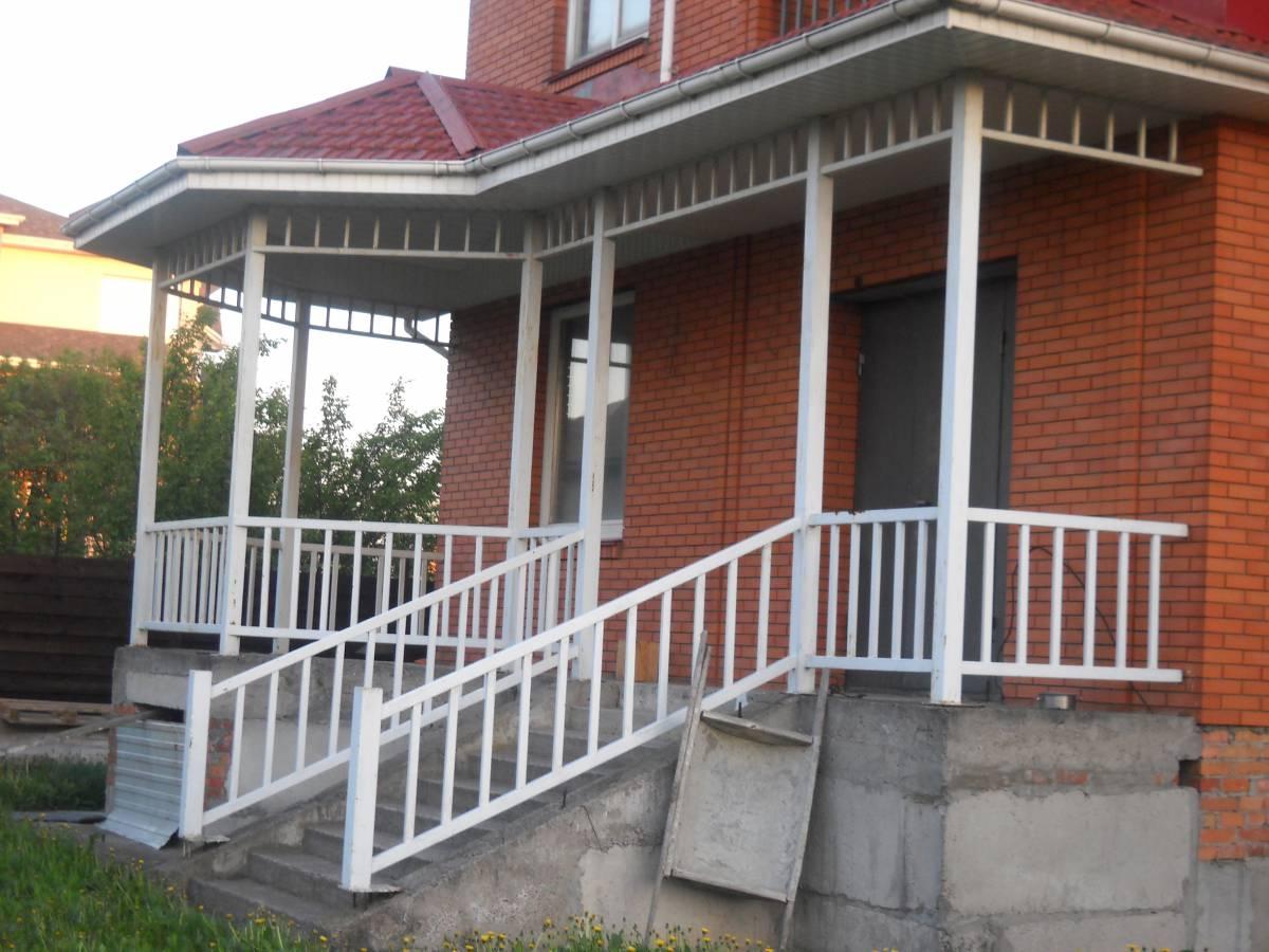 Продам дом 510 м и участок 20 соток с. Гатное 500м Киев Теремки рядом Новоселки