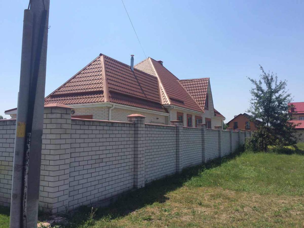 Продам 2 эт. дом 230 кв.м. в с. Осещина, с.к. Троянда-2,пляж 400м
