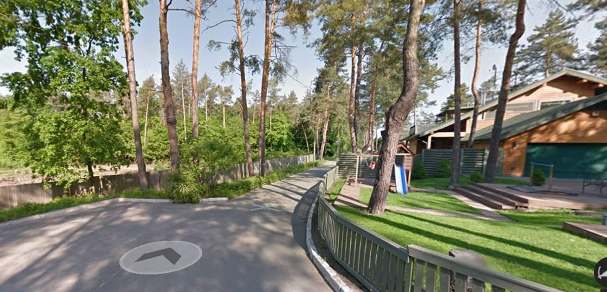 Продам 12.8 сот земли с. Лесники массив Стежки 5км Киев Чапаевка