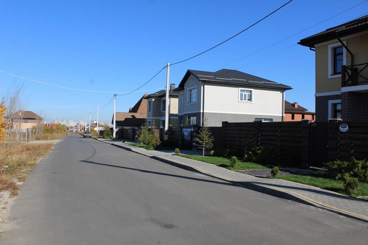 Без комиссии продам дом 160 м2 + 20 м2 терраса с. Софиевская Борщаговка 3км Киев
