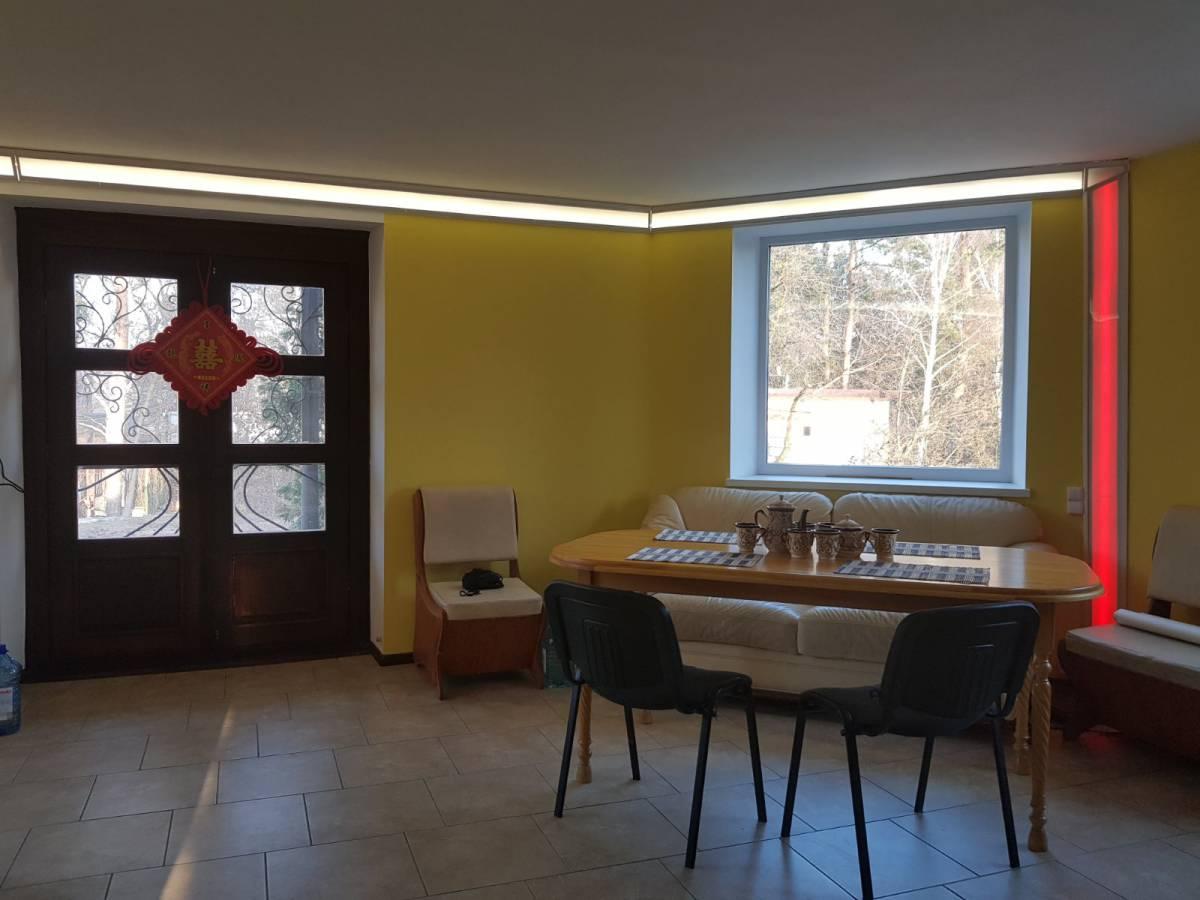 Продам 214 м2 дом с. Вита-Почтовая с/к Круглик -2 1-я линия лес 11 соток земли