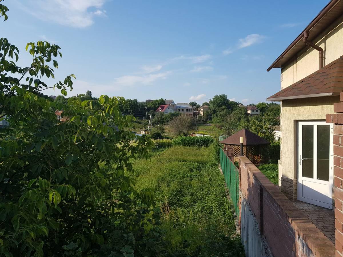 Продам 10 сот земли с. Лесники ул. Козача 4 км Киев Чапаевка