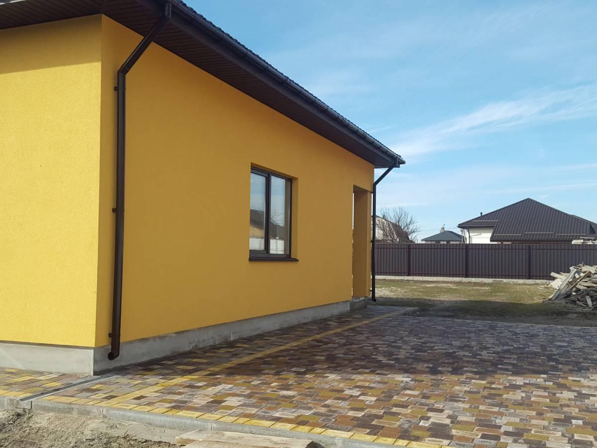 Продам 1 эт. новый дом 140 кв.м. в с.Осещина,ул.Космонавтов,9 соток