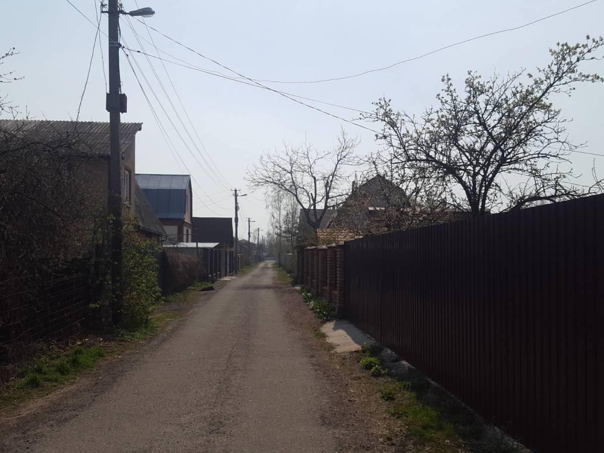 Продам 5 соток под садоводничество в с.Хотяновка,с.к Лотос,100м сосновый лес