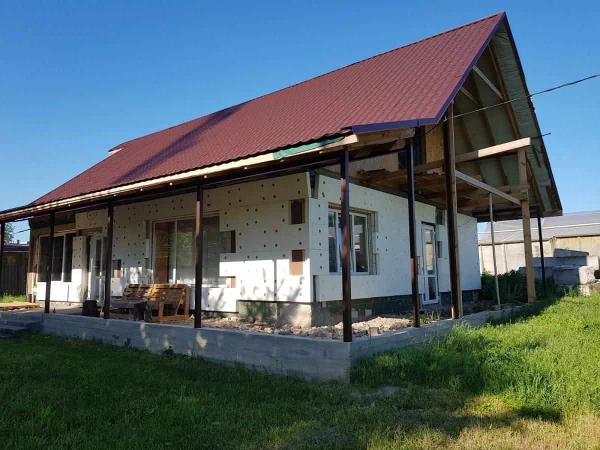 Продам 30 сот земли под коммерцию + 2 здания склад 260м2 и дом 100м2