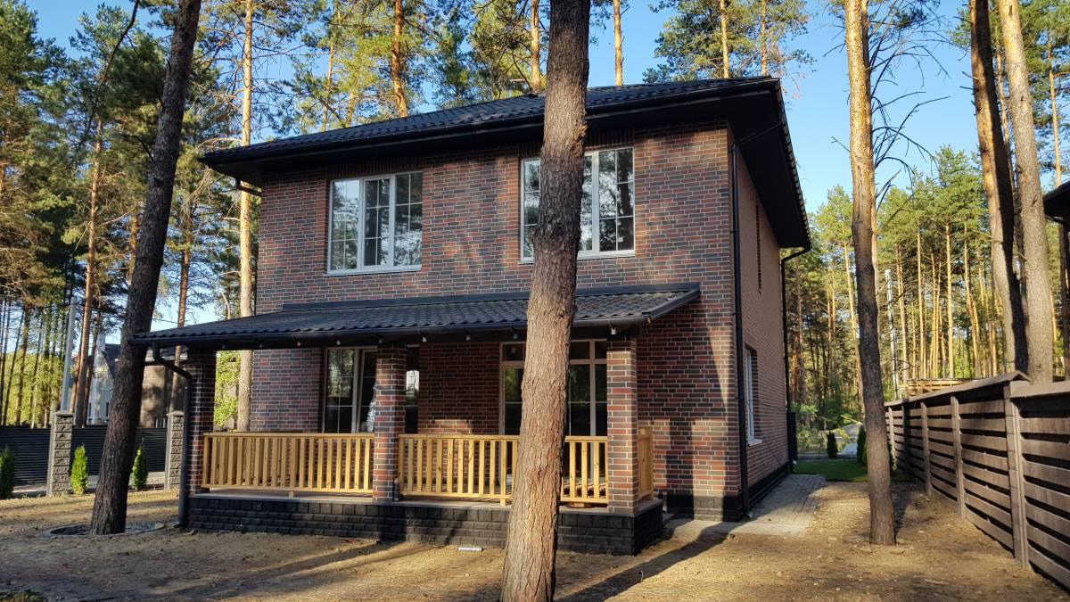 Продам дом в соснах 180м с. Ходосовка (район Лесники Романков Козин )