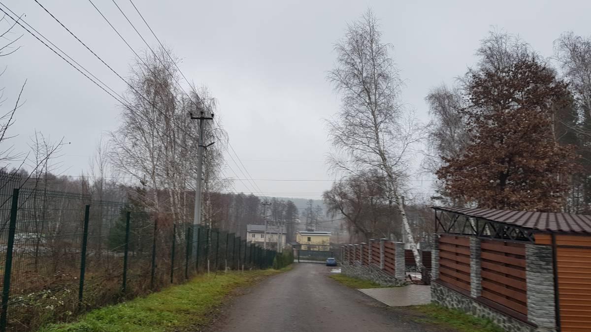 Продам 12.67 соток земли в соснах с. Круглик / Кременище сельрада Хотовская рядом Ходосовка закрытый коттеджный городок